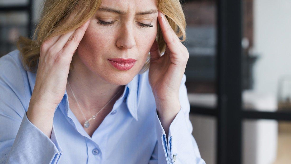 Mal di testa per problemi digestivi